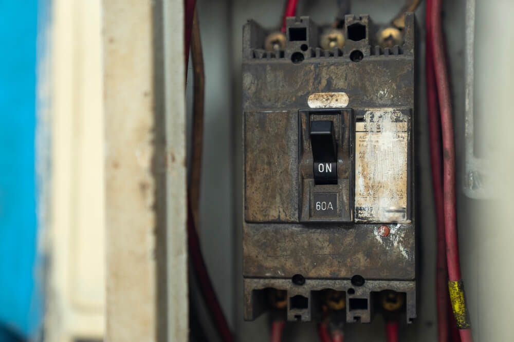 11 Signs It's Time to Replace Your Electrical PanelHedgeHog Electric